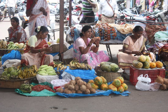 india goa mapusa market people