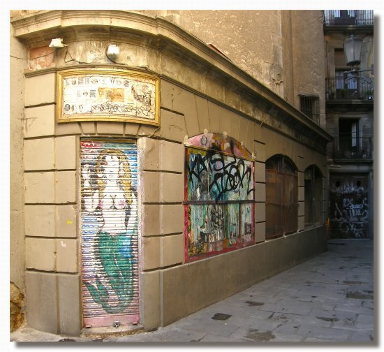 spain barcelona GRAFFITIANDMURALFRIDAY spaix barcx decox