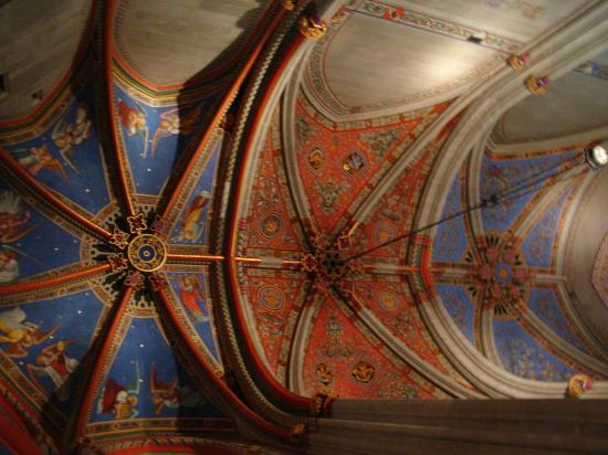 The ceiling in the chapel on one side of the Geneva Cathedral