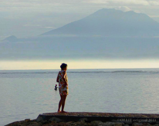 girl rock early morning volcano holiday 2011 Balinese littleollie