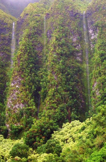 waterfalls landscape hawaii