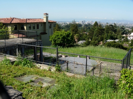 6 of 8  This lot just down the street has also been empty since the 20 October 1991 Oakland Hil...