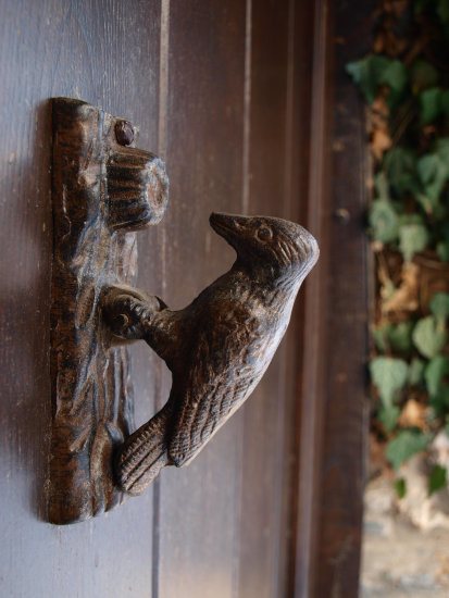 door knocker tradition