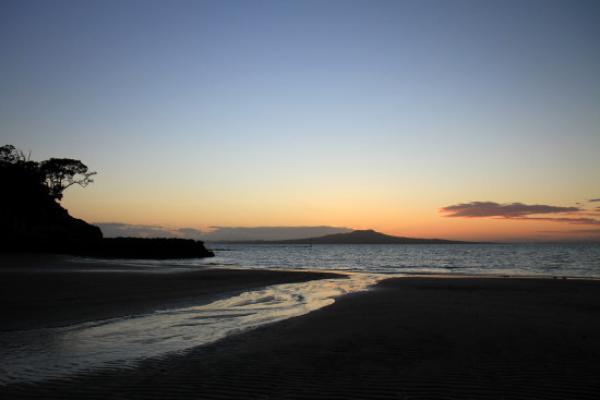 castor bay sunrise rangitoto