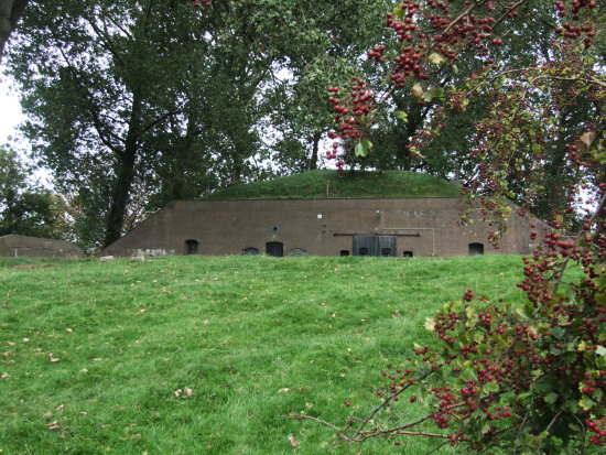 fortess month fort nieuwe steeg holland waterlinie
