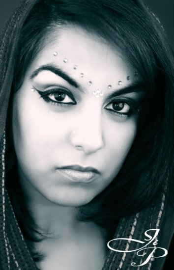 ethnic indian oriental black and white images oriental girls big eyes squarf
