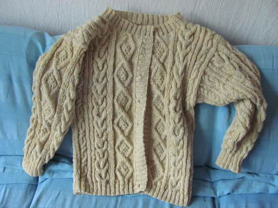 aran cardigan knitting spinning