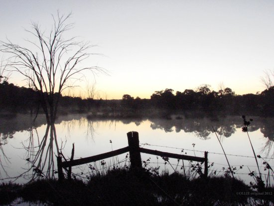 reflectionthursday same place same time sunrise perth hills littleollie