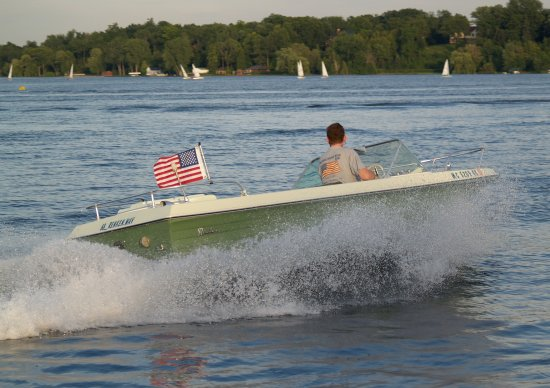 1968 renken boating is cool