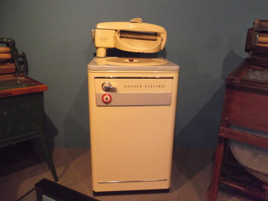 washing machine 1950s York museum