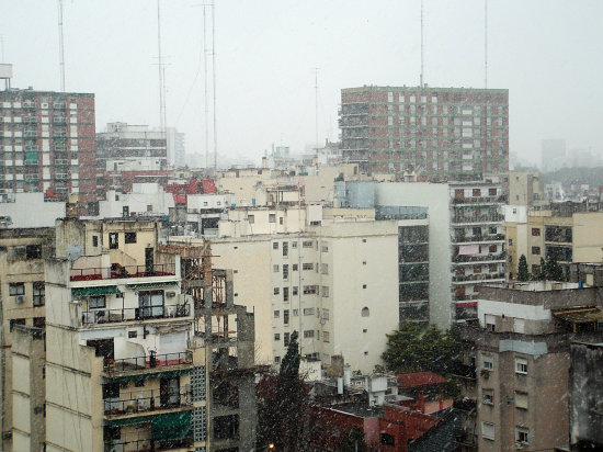 Snow in Buenos Aires!! For the first time since 1918