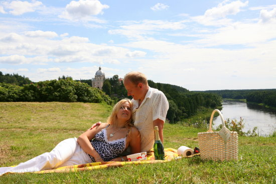 1 year wedding anniversary liskiava mound lithuania