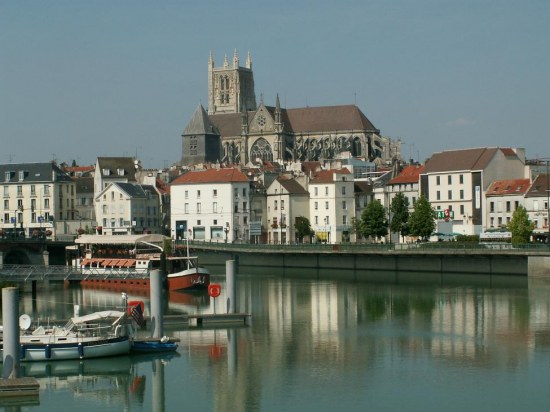 france townscapes architecture meaux churches
