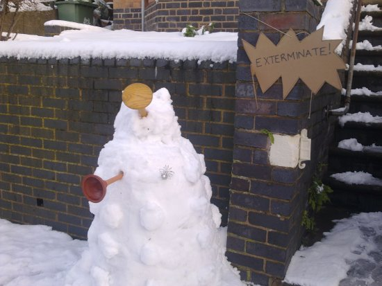 snowman snow dalek dr who