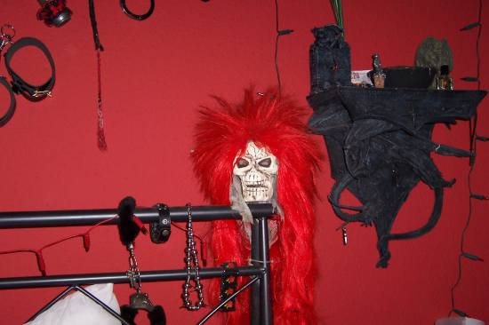 gothic red