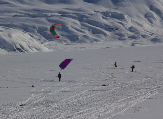 Kite skiiers at Portage Lake