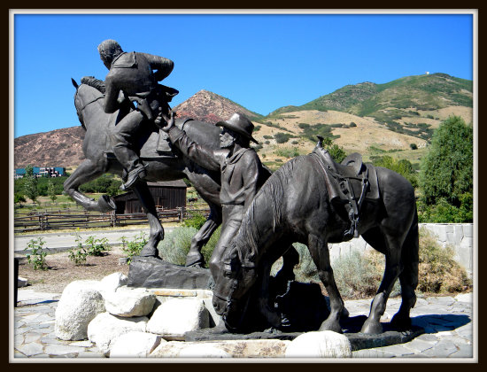 Pony Express Statue Utah This Is The Place Monument