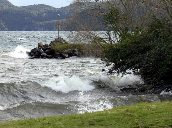 winter storm lake taupo nz
