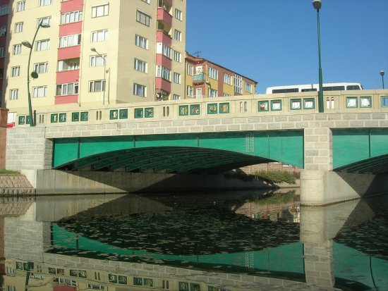 eskisehir porsuk bridge turkey