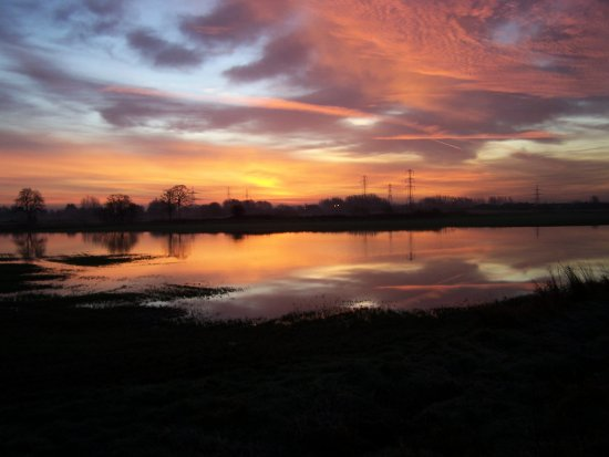 river mersey flood sunrise rain water flixton