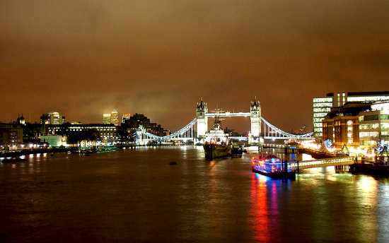 A summer night's view. Taken from London Bridge on my way home from work one evening :)