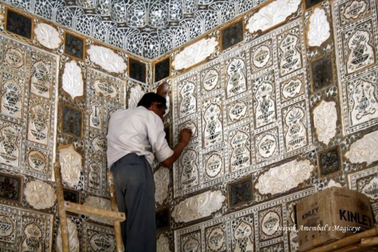 mirror work repair mirror palace sheesh mahal amer fort rajasthan india