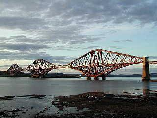 scotland railbridge edinburgh forthrailbridge