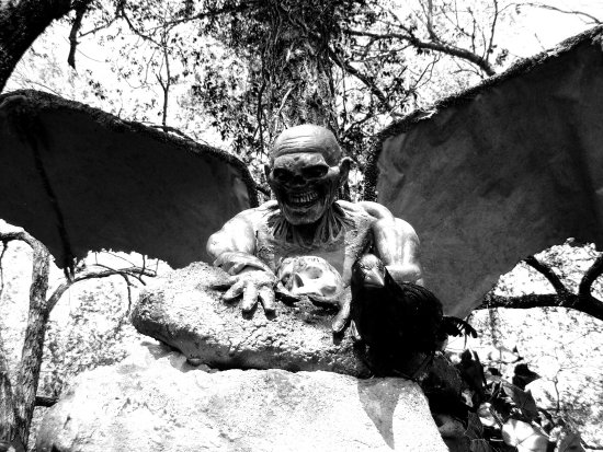 Medieval Fair 2007 Norman Oklahoma gargoyle black white looming death skull