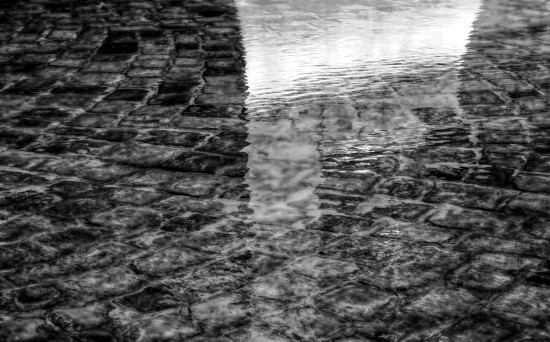 mono abstract relection water stone Prague Bohemia