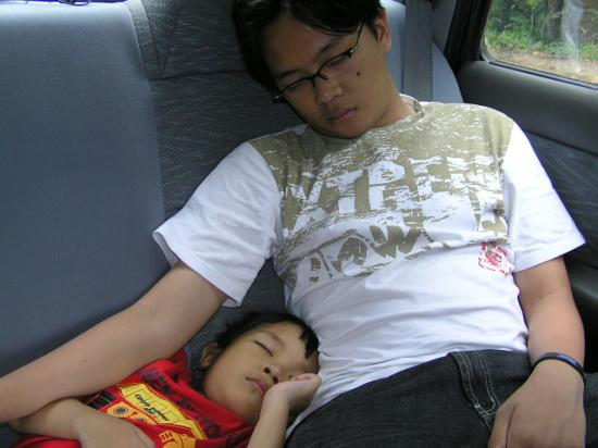 "Sleep tight .. on the way home from ""mudik lebaran 2005"""