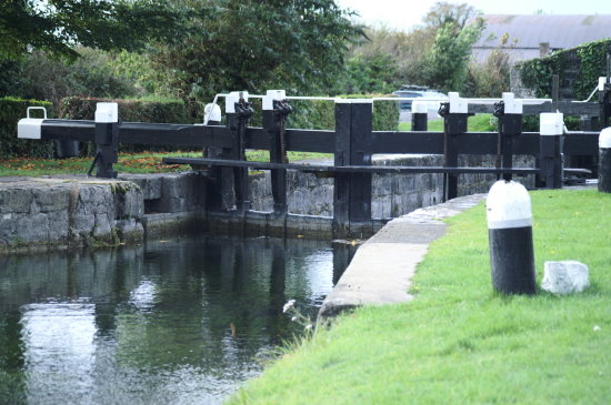 lowtown lock canal waterway