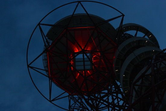 orbit london 2012 olympic park petzka red light