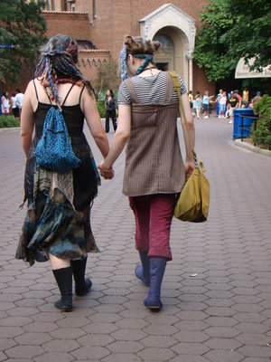 lgbt lgbtq glbt glbtq girls walking holding hands zoo