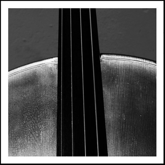 music cello instruments stilllife blackandwhite