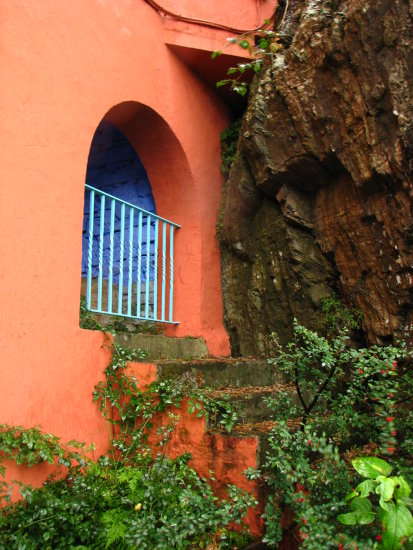 portmerion northwales doorway arches italian village architecture colours