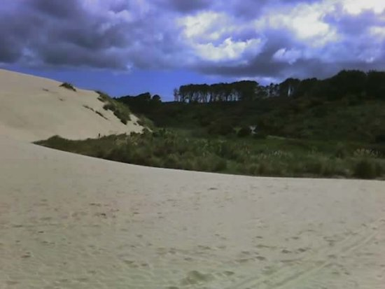 Cell Phone adventure of Te Paki Sand Dunes