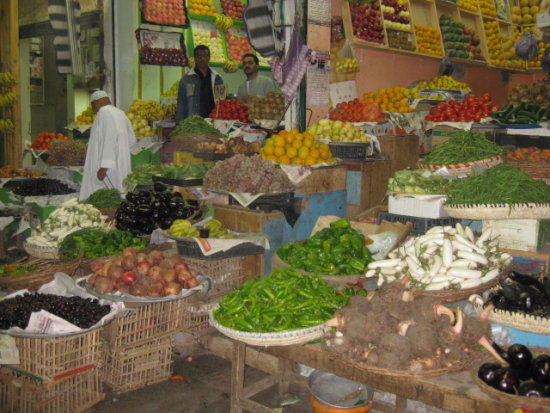 fruit vegetables market produce travel