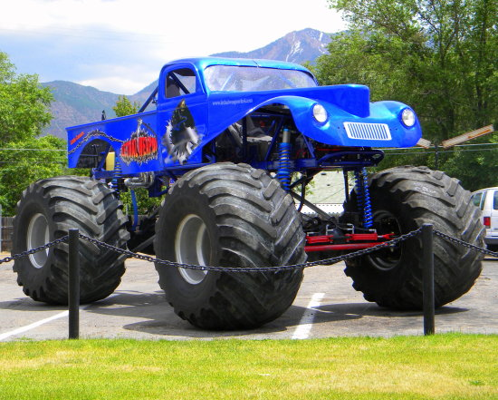 Lethal Weapon 4X4 Willy Monster Truck