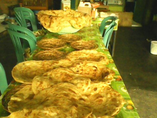 cafe arab pakistanopen 24 hoursbontang indonesia ROTI PRATHAS