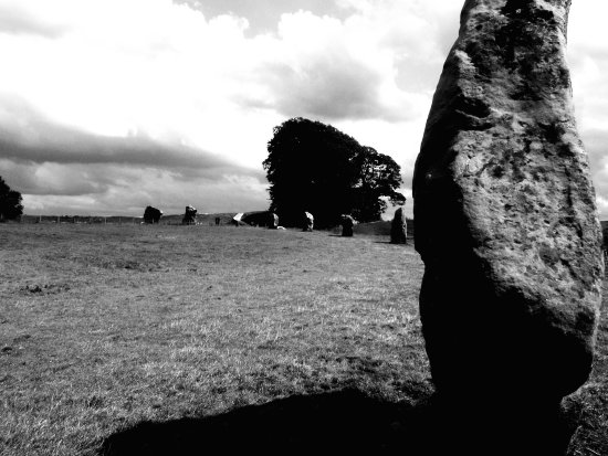 stone circle avebury ancient stoneage bw