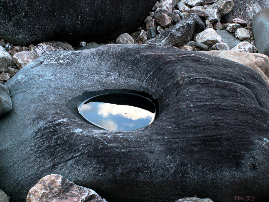 The eye of the rock.