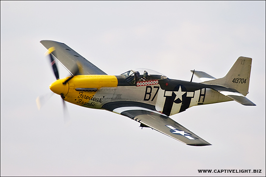 miles herbert captivelight aviation aircraft aeroplane plane P51 mustang