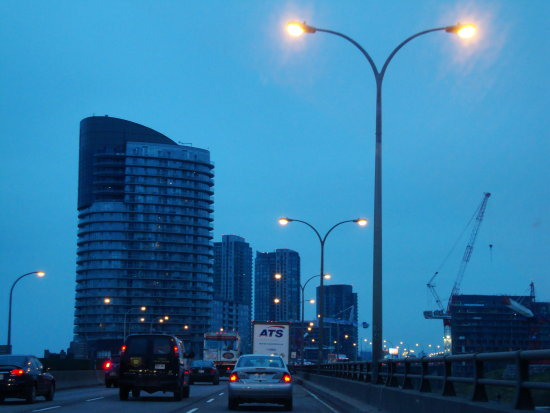 At 4:28pm.Gardiner Expressway-Westbound-leaving downtown-Toronto,Ont.,On Monday,Dec.3,2012