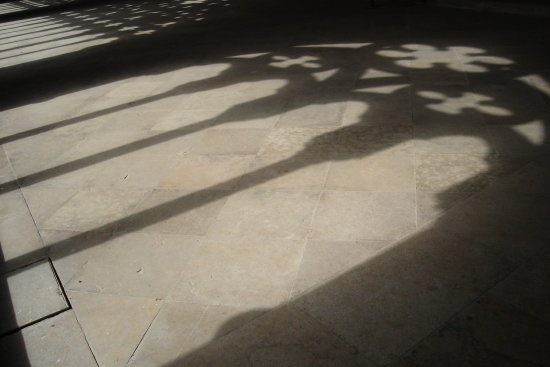 seu vella lleida cathedral shadow in cloister window