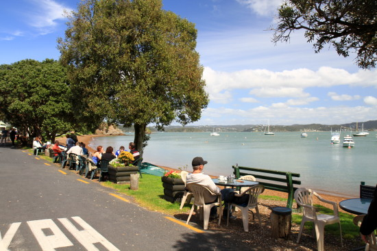 Brunch on the Russell Waterfront. Main street of the first capital of NZ !