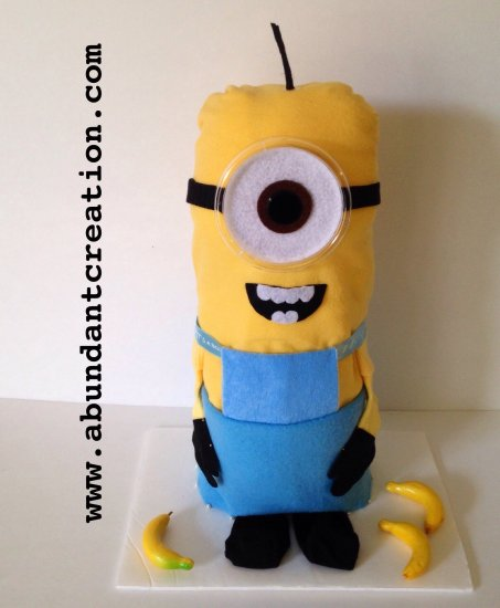 cake minion diaper cake is a perfect gift idea for a baby shower