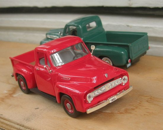 diecast 143scale toy modelcar Ford F100 1954