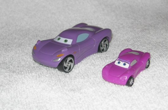 pixar cars 2 toy arabalar Holley Shiftwell