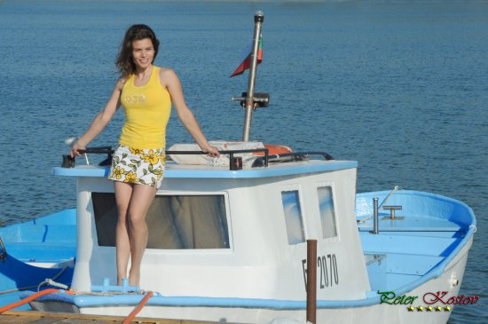 girl woman wife portrait harbour boat sea summer nikon sigma byala bulgaria