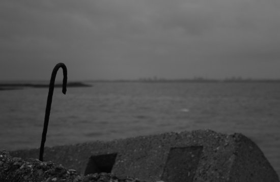 Just messing about with black n white on hayling island